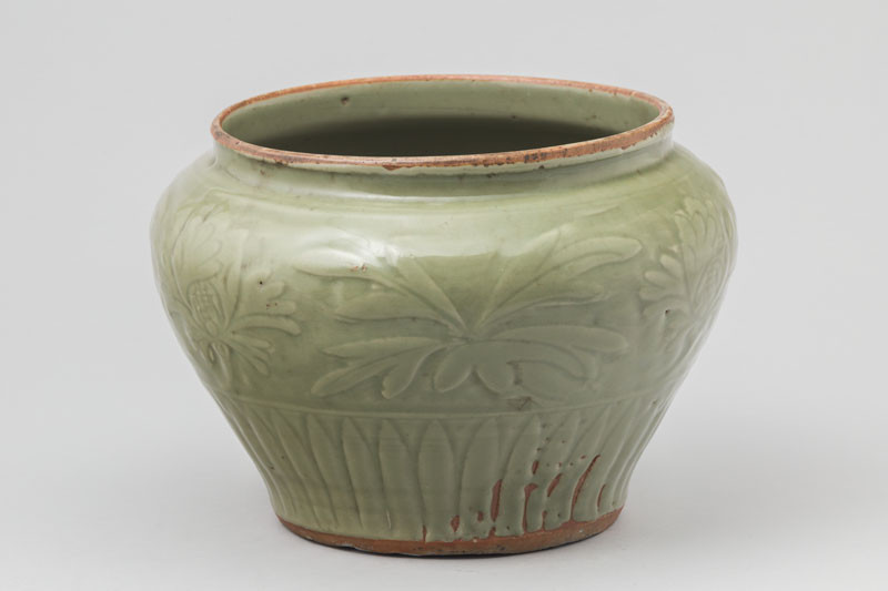 unknown - Storage jar guan decorated with flowers