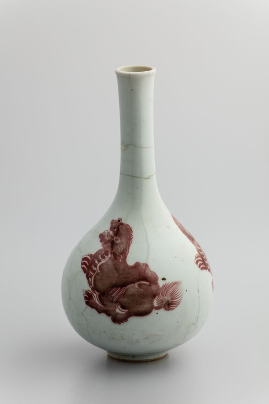 Anonymous - Bottle with three Buddhist lions