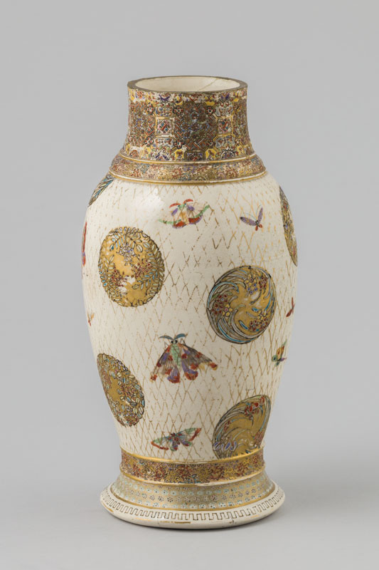 Anonymous artist - Vase decorated with floral medallions on meshwork background